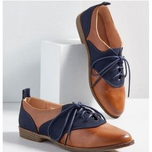 Restricted Brown and Navy Oxford Flats